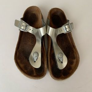 Birkenstock silver Gizeh sandals
